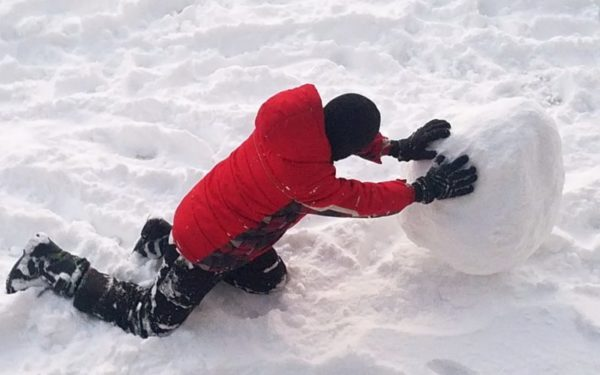 making a snowman - debt snowball method to pay off debt