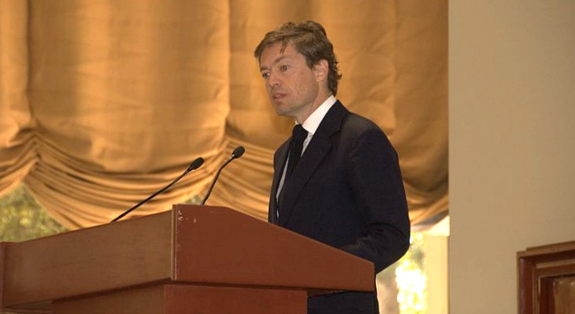 Nicolas Berggruen speaking
