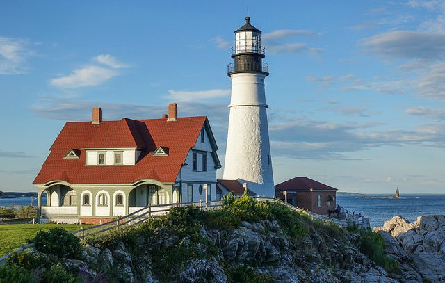 Maine homeowners insurance - portland light