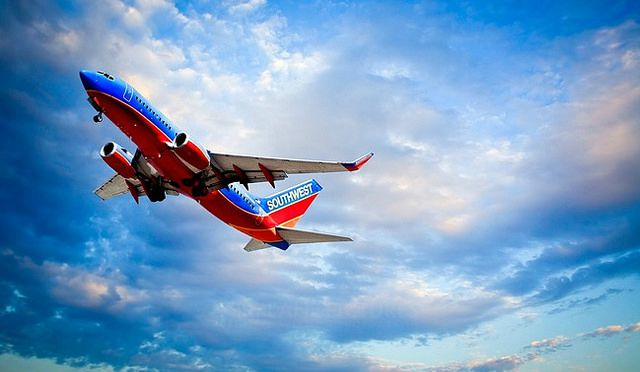 southwest airlines plane - rapid rewards credit card