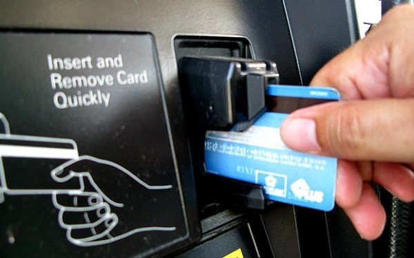 using a credit card at gas station