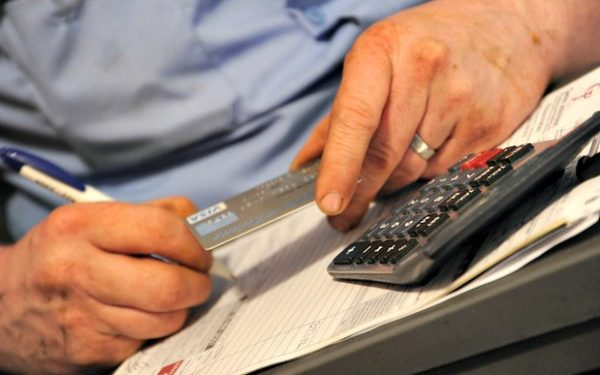looking at secured credit card - how does a secured credit card work
