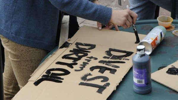 divestment protest at Tufts University