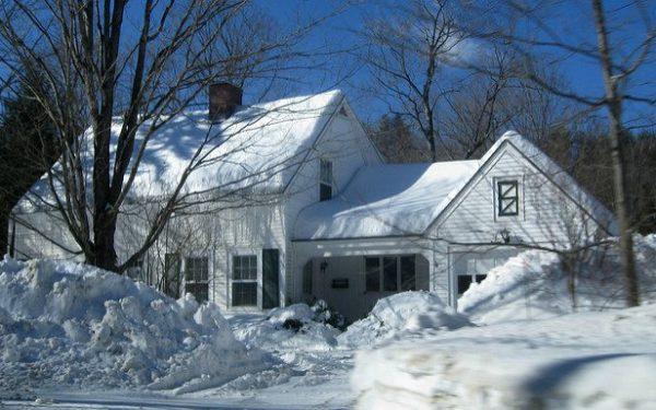 snowed in house