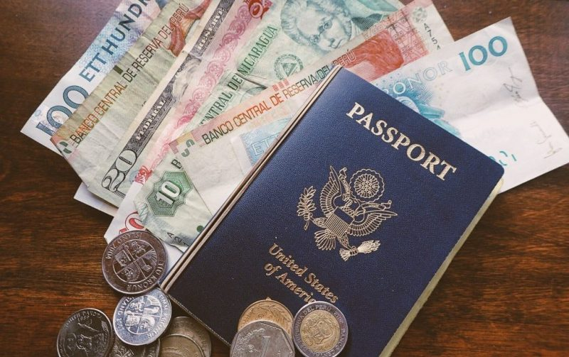 passport and foreign currency - where to exchange currency money exchange near me