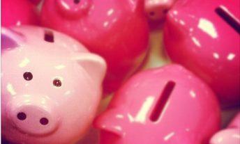 piggy banks - 401k vs IRA vs Roth IRA which retirement account