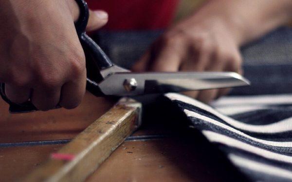 cutting with scissors cut costsd