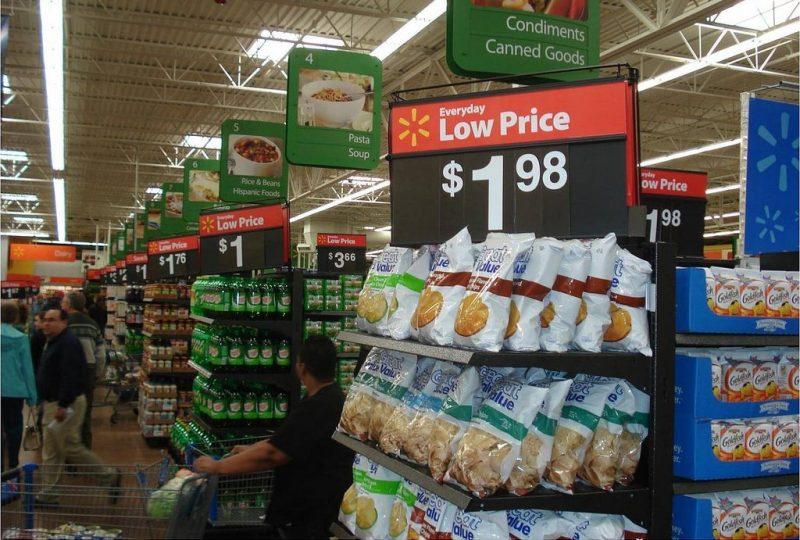 Walmart low prices - photo by portal abras via flickr