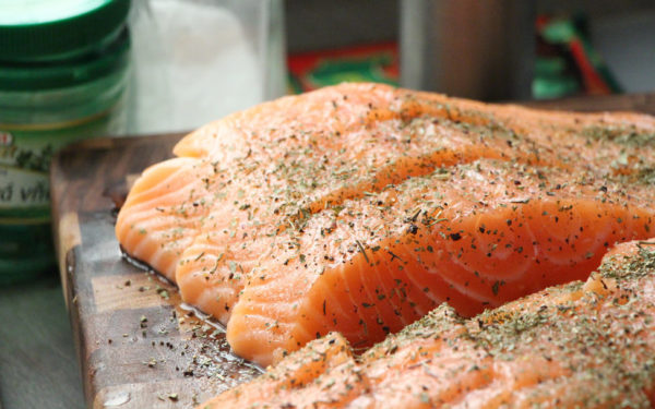 salmon with spices - healthy mediterranean diet