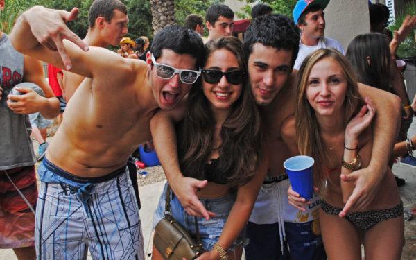 college spring break pool party