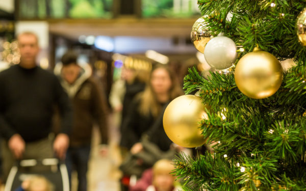 shopping mall at christmas - beware of deferred interest credit cards