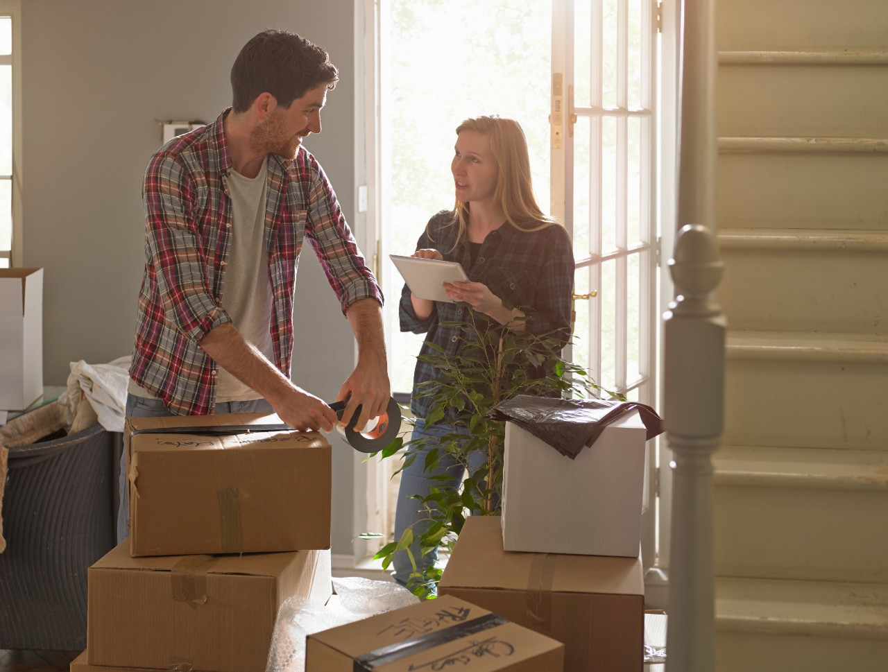 13 Cheap Moving Tips: Save Money When Moving Houses
